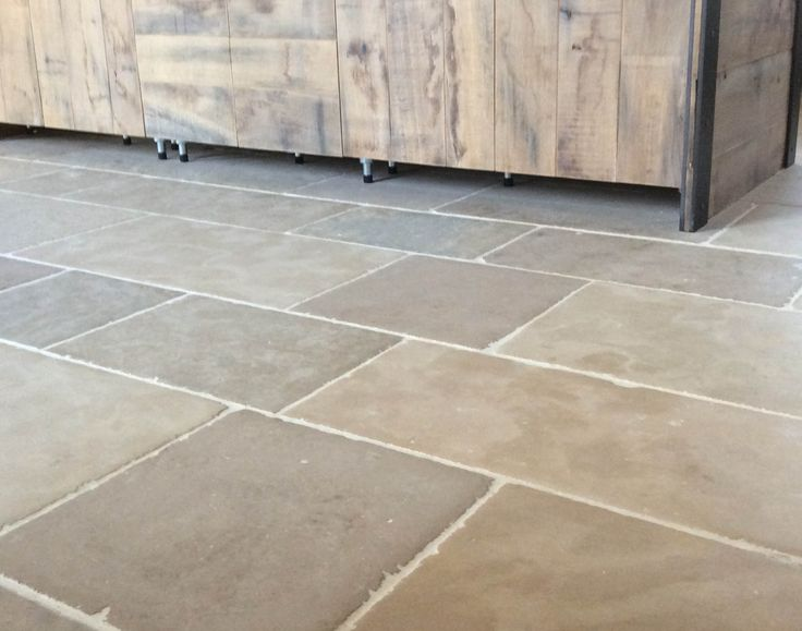 Commercial-Tile-and-Grout-Cleaning1